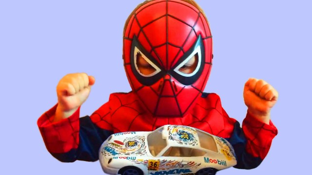 Little Boy Spider-Man Unboxing Cars Toys