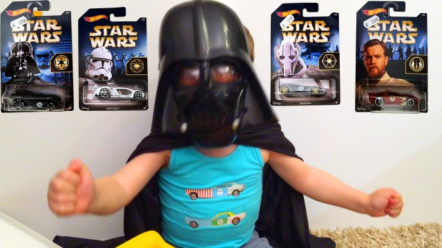 LittleBoy Adam Darth Vader Unpacking Star Wars Cars Toys