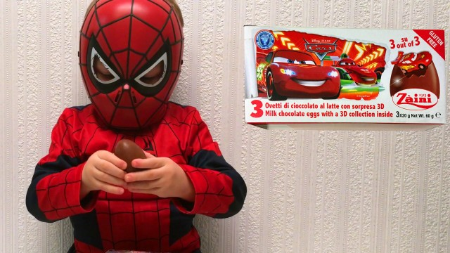 Spider-Man Opening Kinder Surprise Cars Eggs