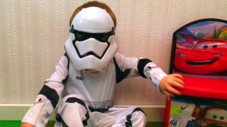 LittleBoy Star Wars Adam Unpacking Toys