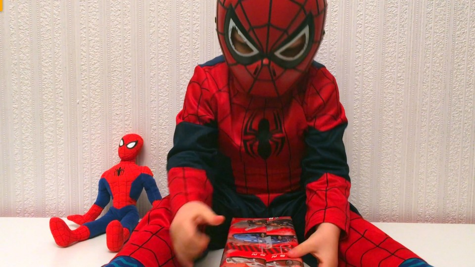 Spider-Man LittleBoy Adam Unpacking Toys