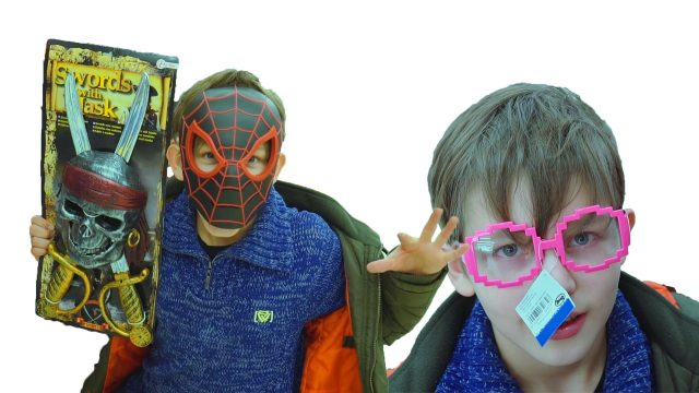 Children's costumes for the carnival in the Belgian school with Mini Super heroes