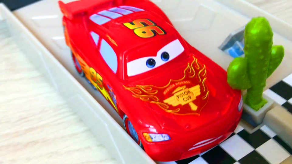 Lightning McQueen Cars Toys Kit