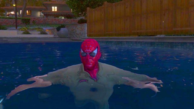 SpiderMan Contre Voitures de Police
