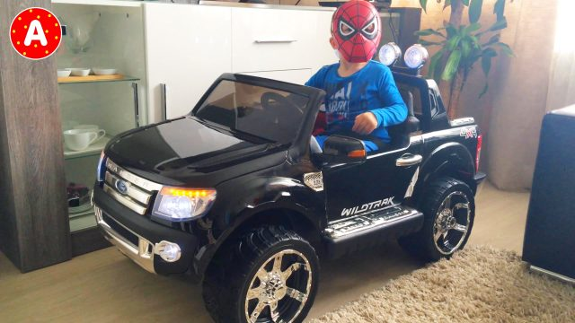 Ford Ranger New Car Toy Surprise for Spider-Man LittleBoy Adam