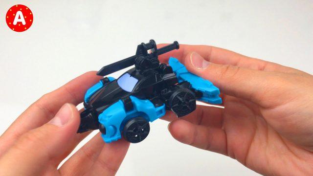 Unpacking Toys Construct Bots