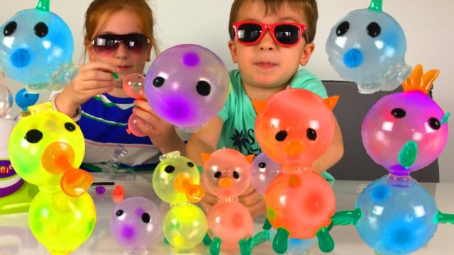 Learn Colors with Oonies DIY Sticky Bubble — Colored Balloons Maker for Kids Play Toys